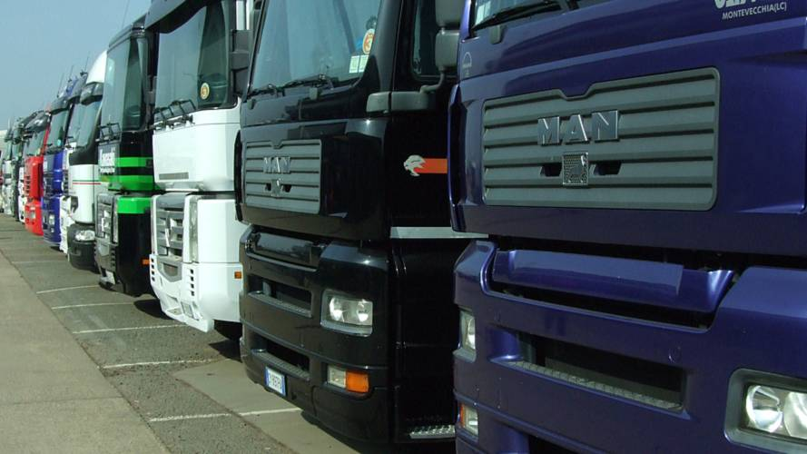 Record lorry traffic sparks safety fears
