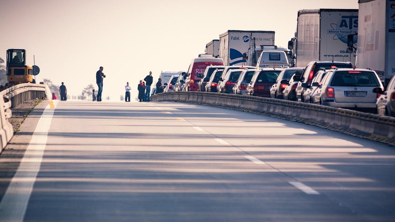 Un bouchon sur une autoroute