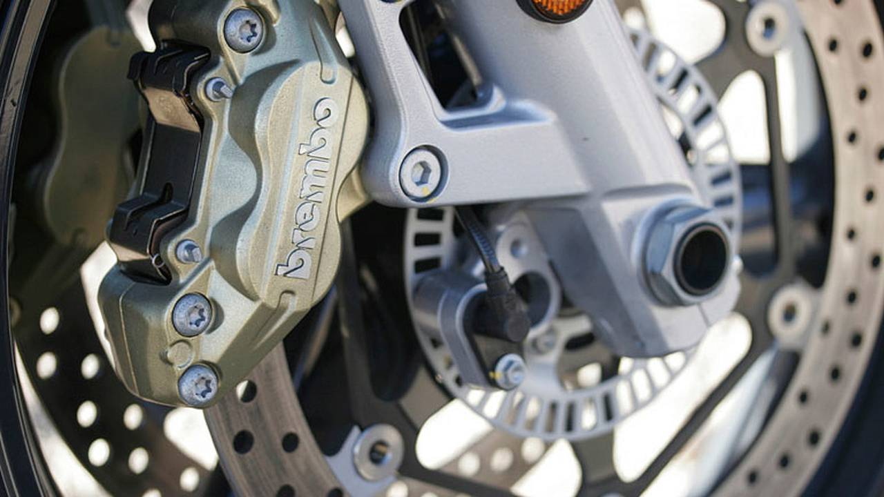 Best Ways To Improve Braking Performance - From Full Speed To Full Stop