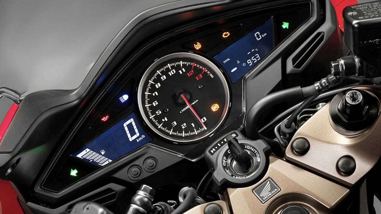 2014 Honda VFR800F Display
