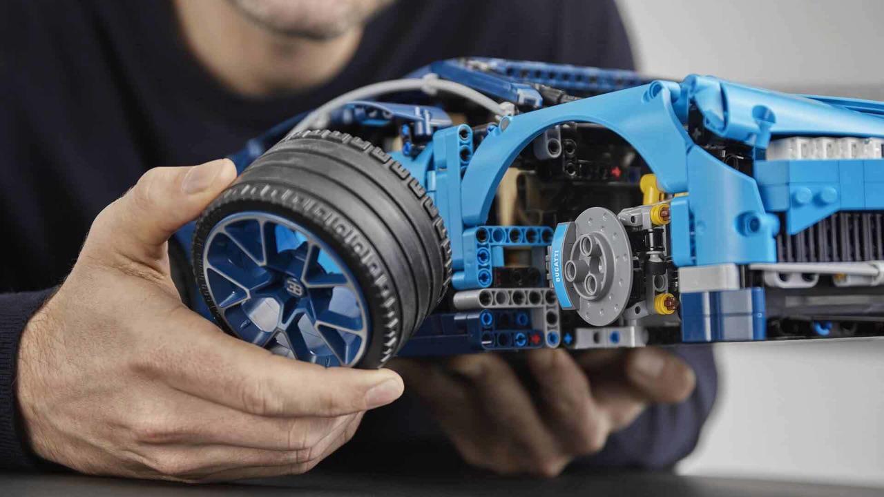 La Bugatti Chiron débarque chez Lego Technic... en 3599 pièces