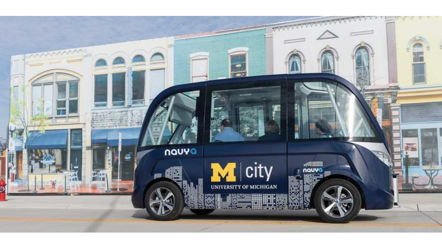 NAVYA Says It Will Build 25 Fully Autonomous Shuttle Buses By End Of 2017 - videos