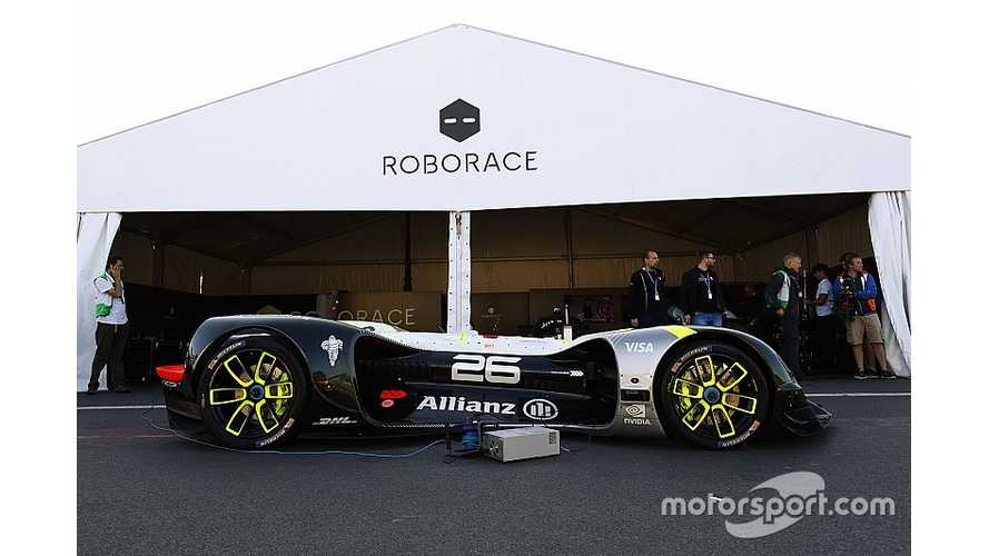 Roborace Electric Autonomous Car Completes First Public Run At Paris ePrix