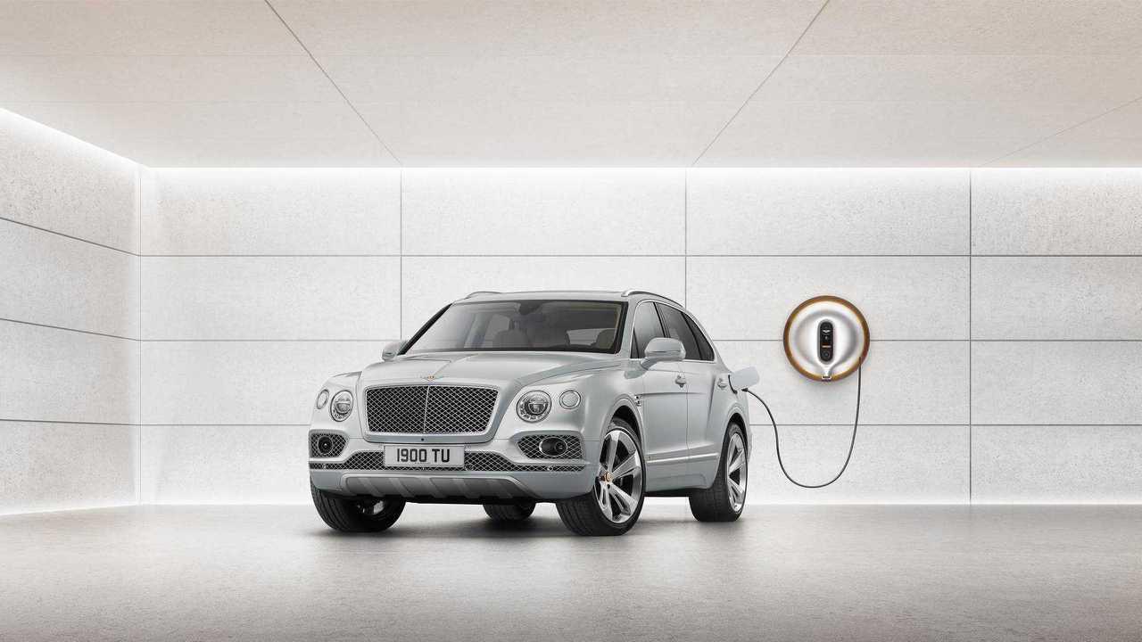 Bentley Bentayga Plug-In Hybrid Goes 31 Miles On Electric