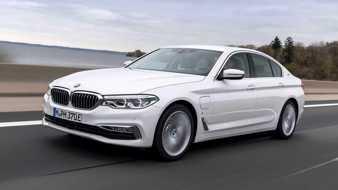 BMW 530e PHEV Test Drive Review