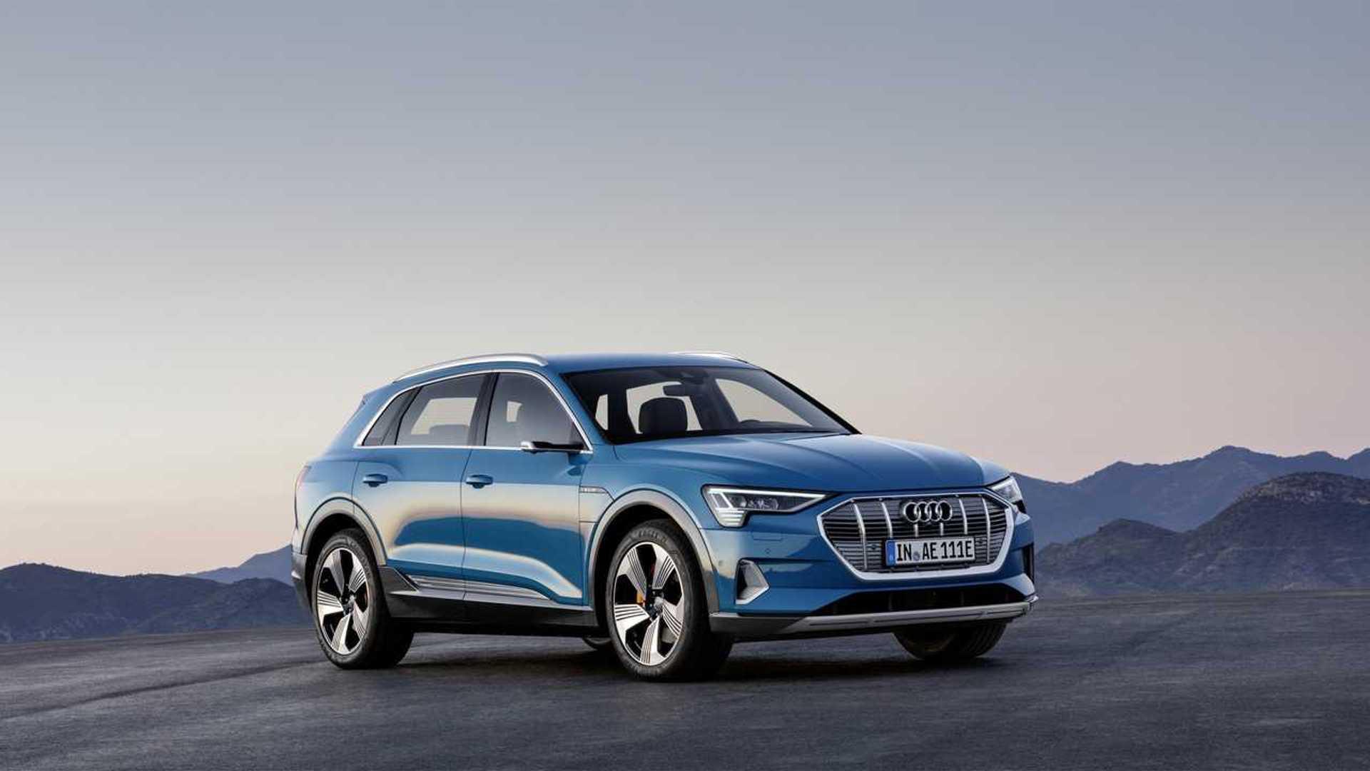 Build Audi Q5 >> Audi E Tron Configurator Now Live Build Yours Today
