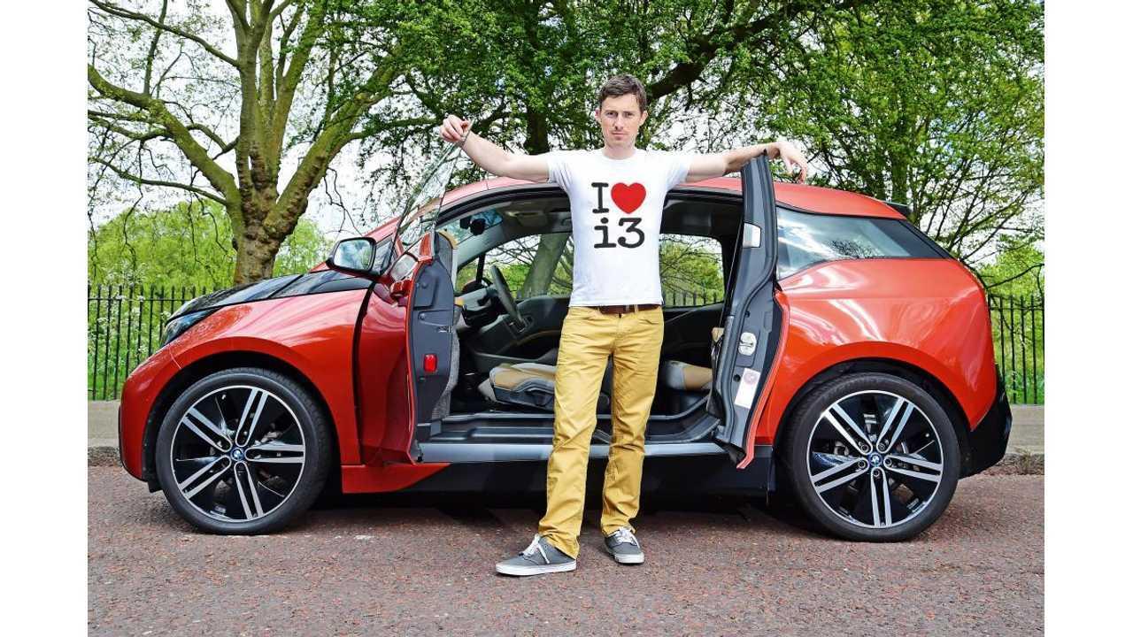 Auto Express & its BMW i3… Sweet shirt!
