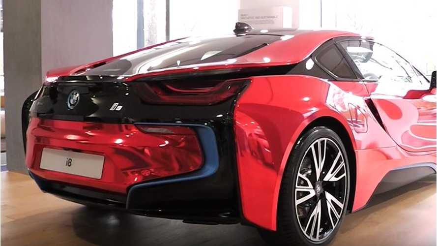 Chrome Red BMW i8 - Video