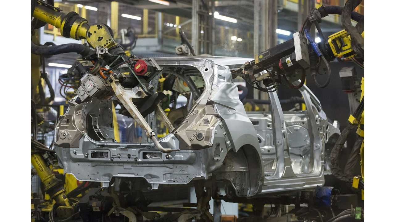 Production of the new Nissan LEAF in Europe