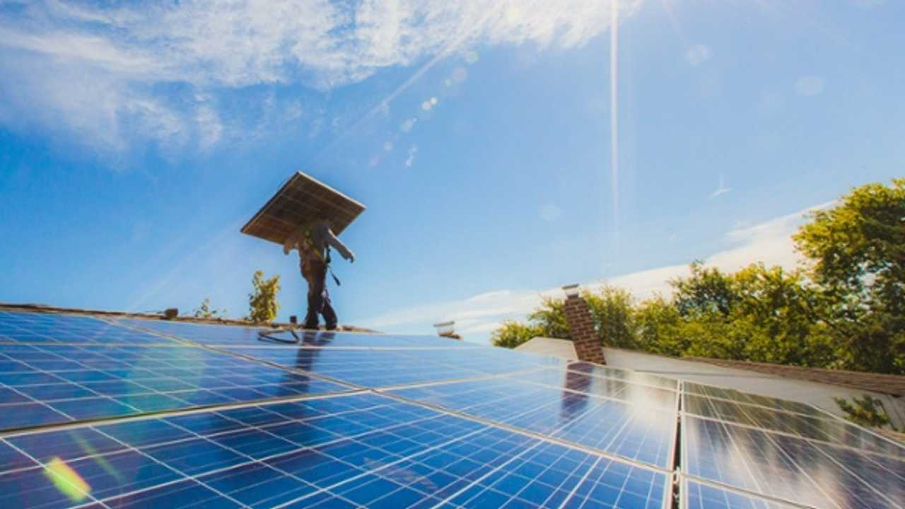 SolarCity With Record 272 MW Of Installed Solar In Q4 At Record Low $2.71 Per Watt - Video