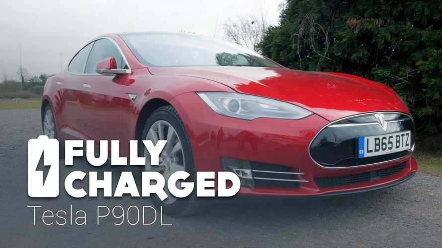 Fully Charged Test Drives Tesla Model  S P90DL - Video