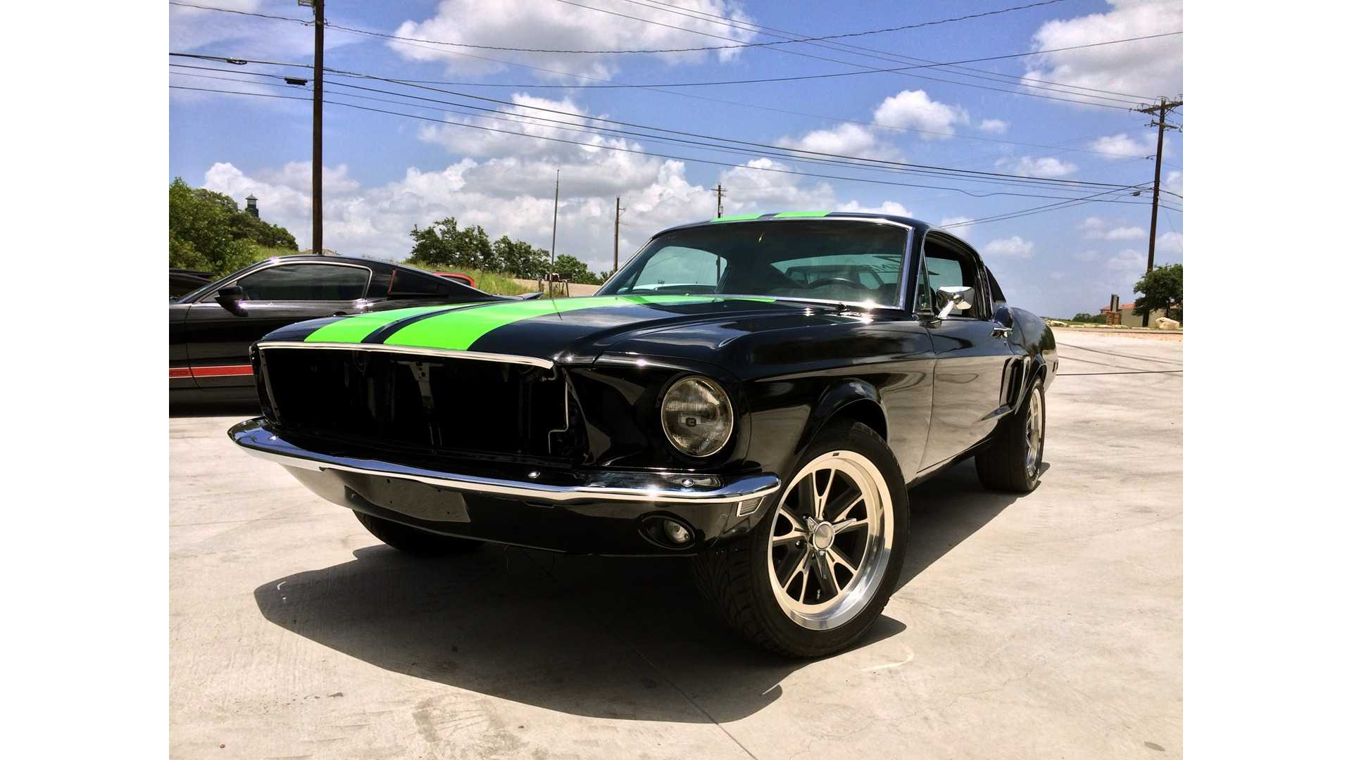 Zombie Ford Mustang 222
