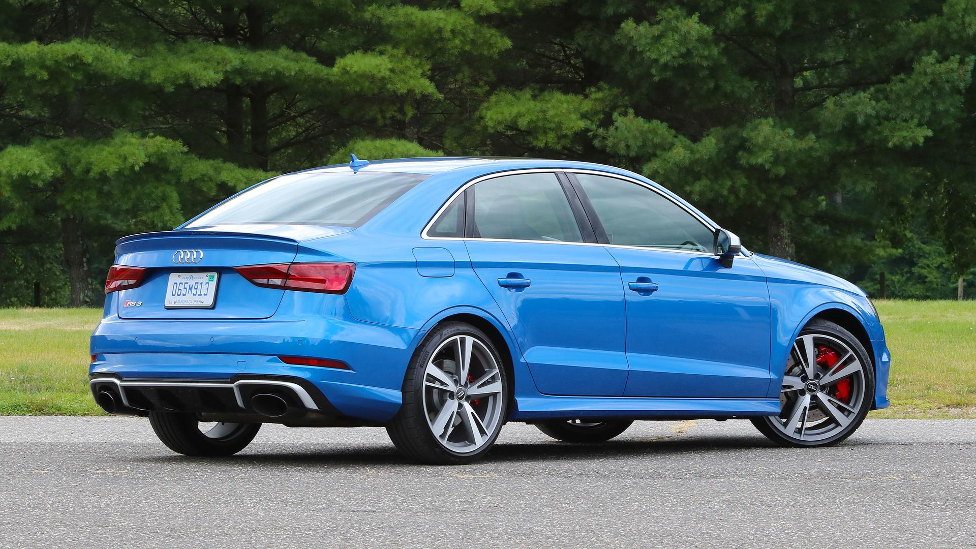 Onboard Acceleration Comparo Shows Audi RS3 Performance Evolution