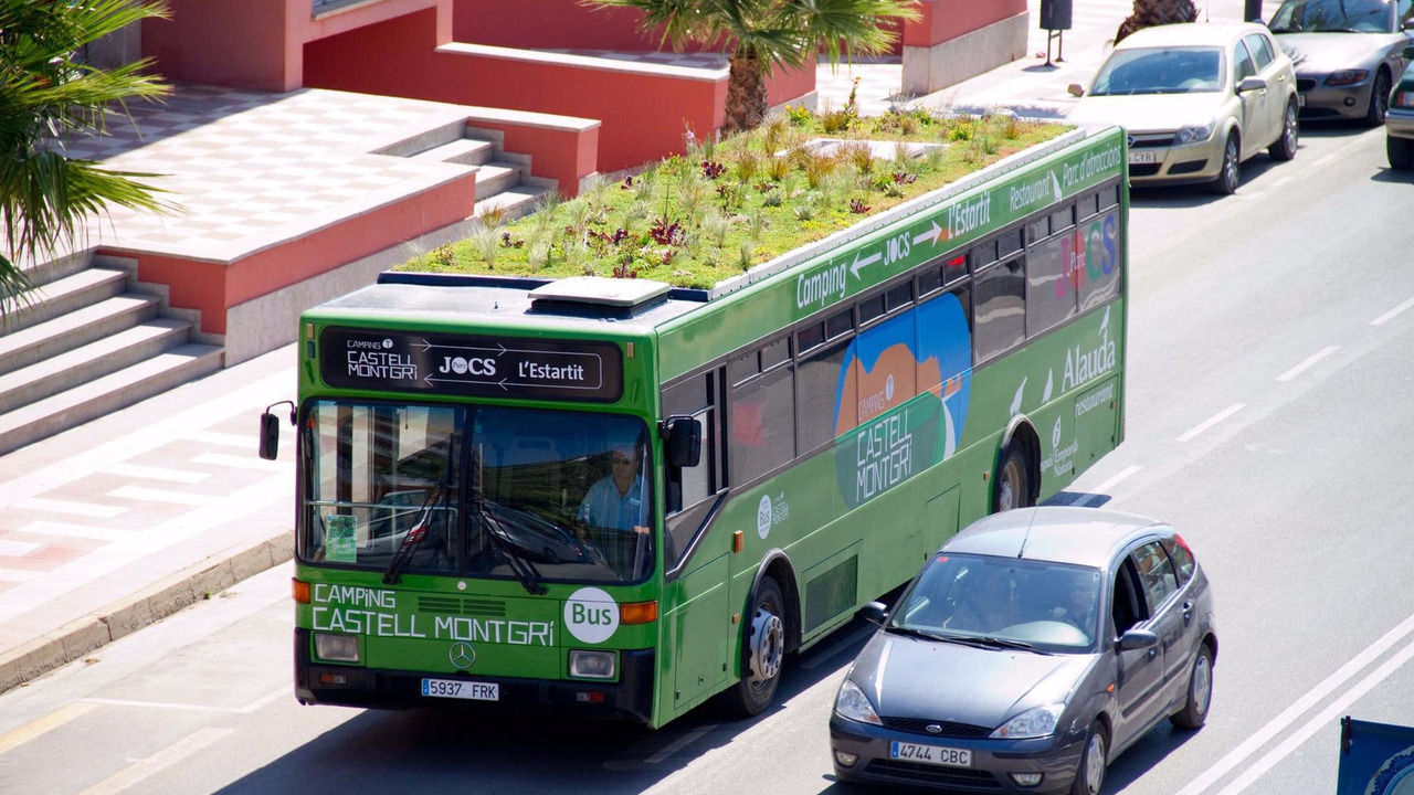 Madrid garden bus