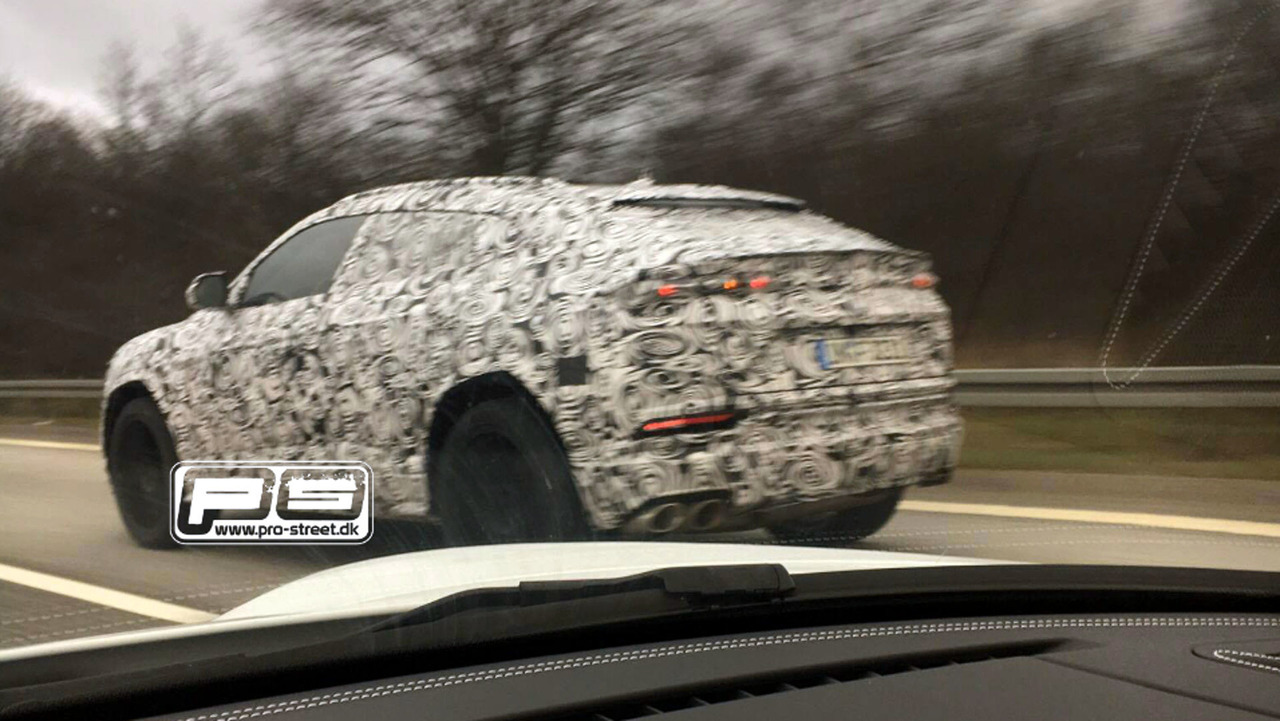2018 Lamborghini Urus casus fotoğrafı