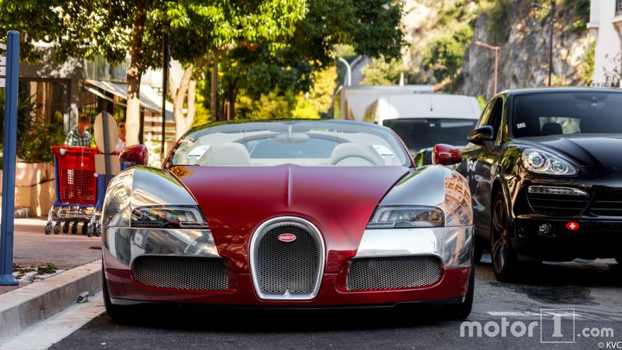 """PHOTOS - L'une des Bugatti Veyron saisies dans l'affaire des """"biens mal acquis"""""""