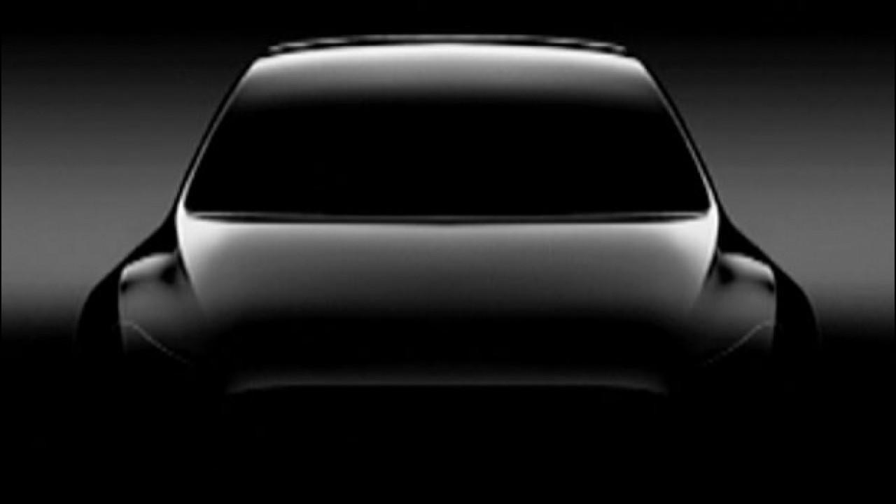 [Copertina] - Tesla Model Y, il SUV compatto secondo Elon Musk