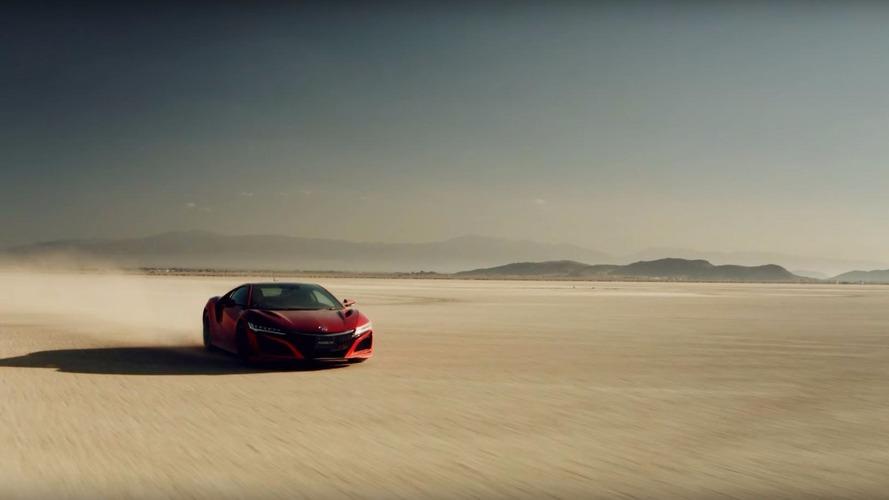 """Acura NSX, Nazca Çölü'ne yeni """"çizgiler"""" çiziyor"""