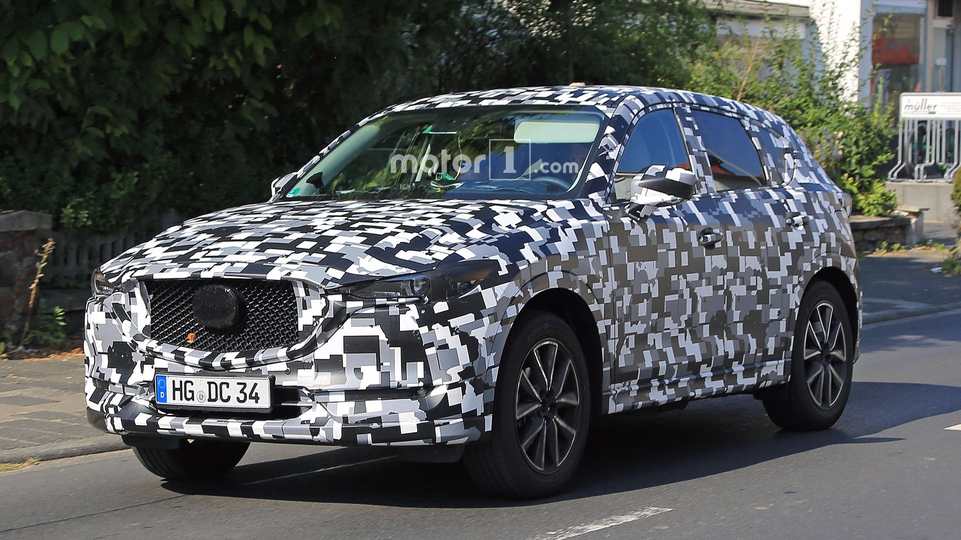 2018 Mazda CX-5: Redesign, Styling, Changes, Price >> Refreshed 2018 Mazda Cx 5 Spied In Europe