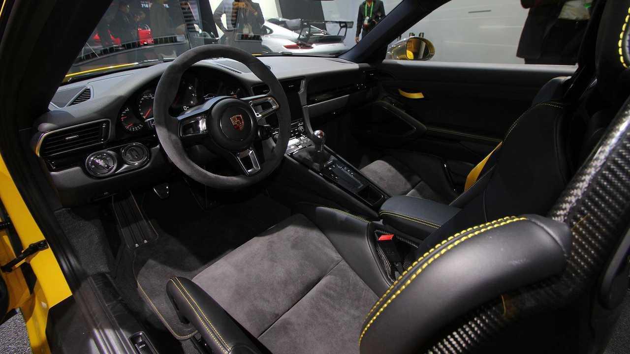 991 Porsche 911 Interior