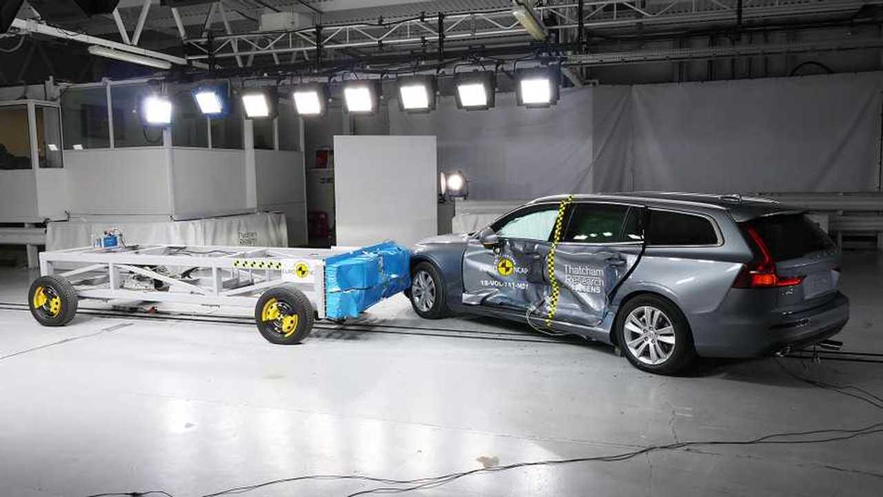 Nuova Volvo S60 e V60, il crash test Euro NCAP
