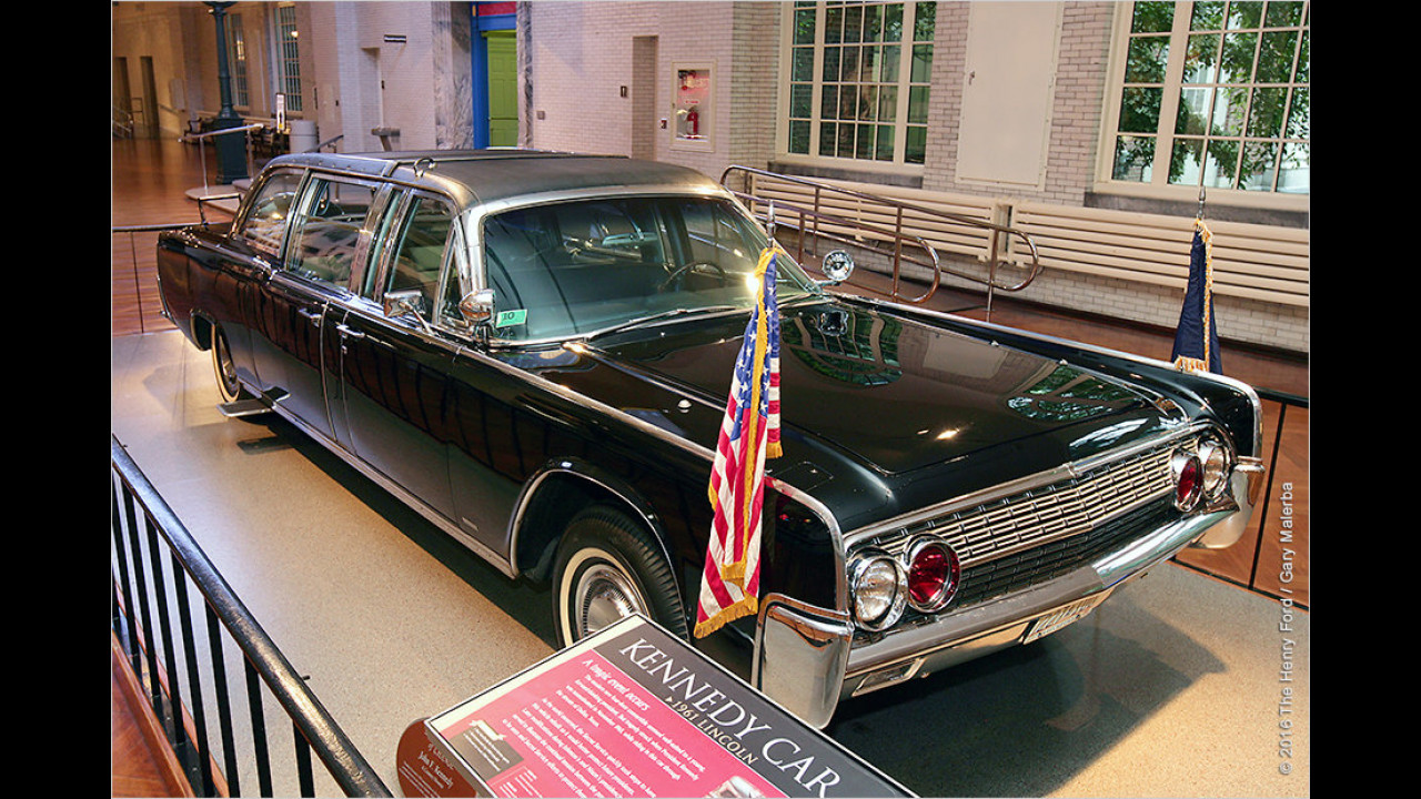John F. Kennedy: Lincoln Continental X-100 (1961)