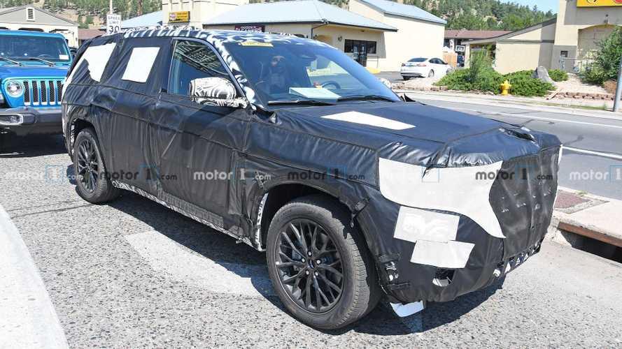 2022 Jeep Grand Cherokee Interior Spied
