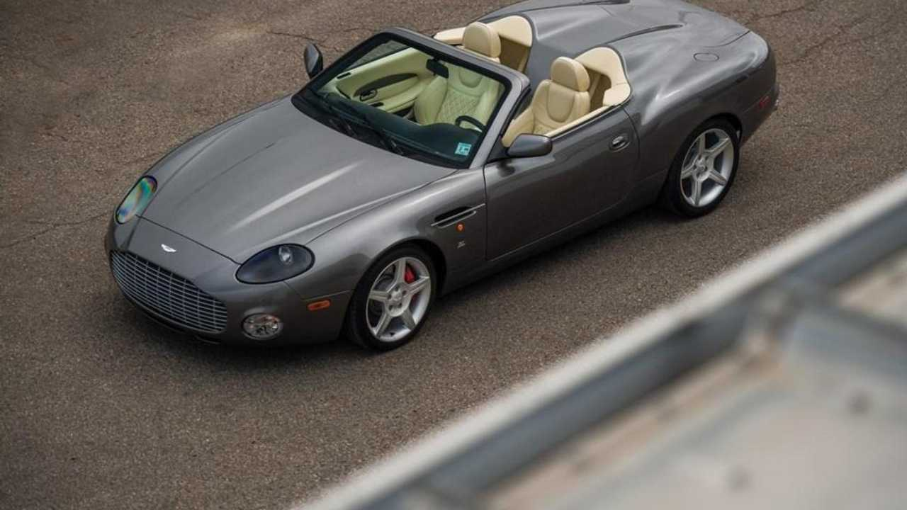 Classics for sale: attractive and rare Aston Martin AR1 up for grabs!