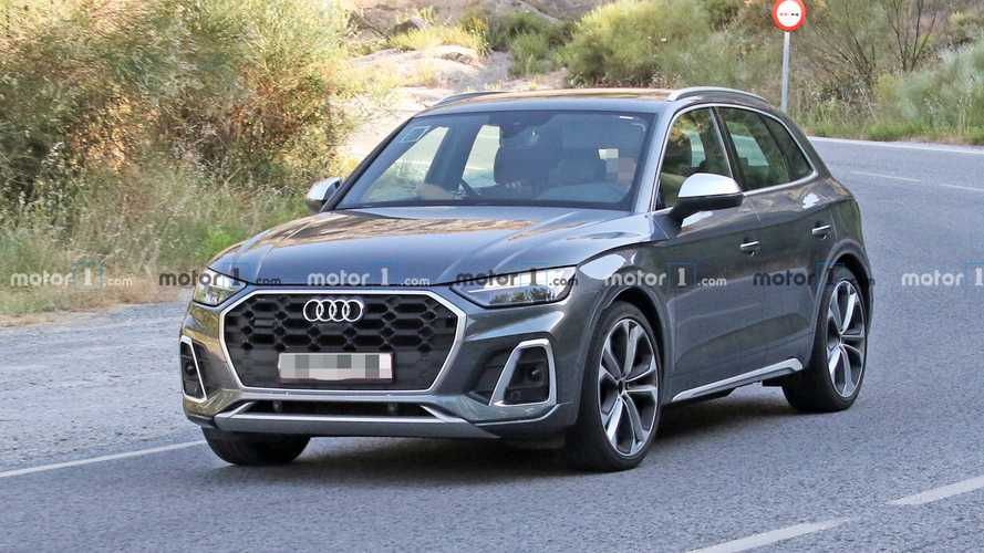 2021 Audi SQ5 Facelift Spied Without Any Camouflage