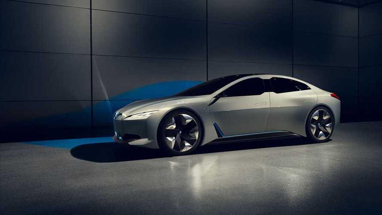 BMW заполнил нишу между i3 и i8 новой электрической моделью