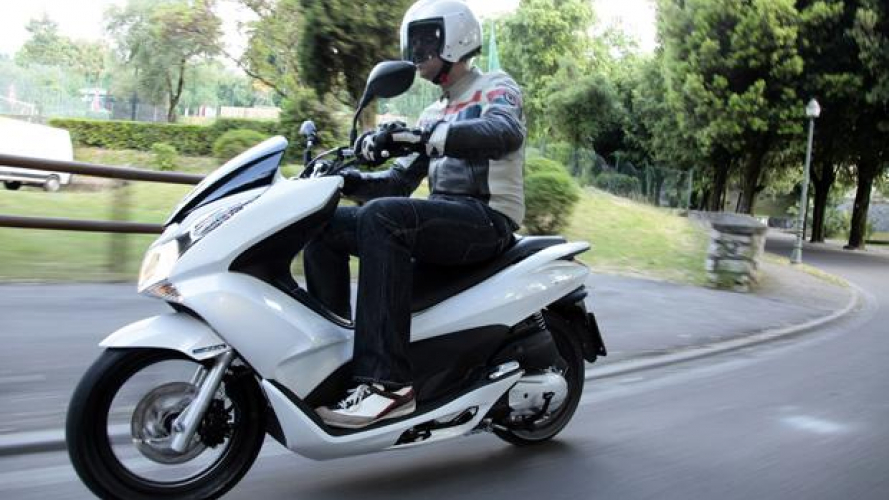 Honda PCX 125 - TEST