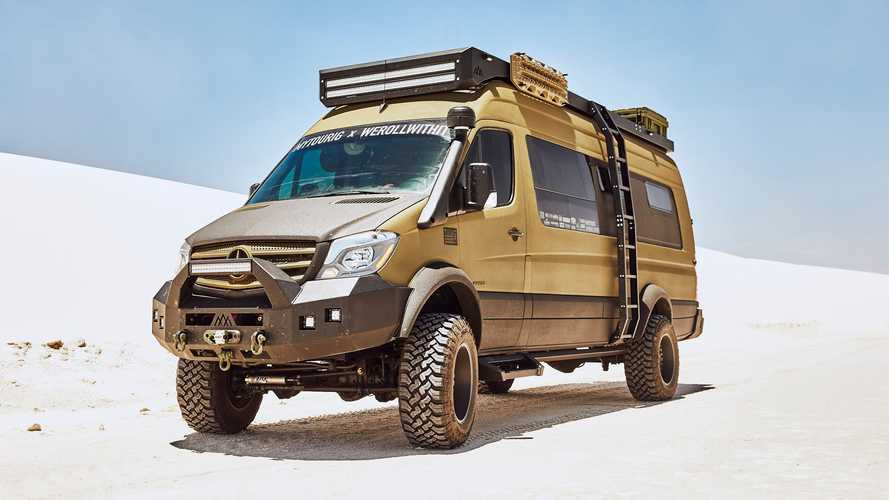 Este Mercedes-Benz Sprinter camper está listo para cualquier aventura