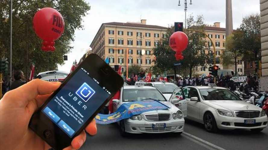 Uber contro i Taxi: il Ministero si schiera
