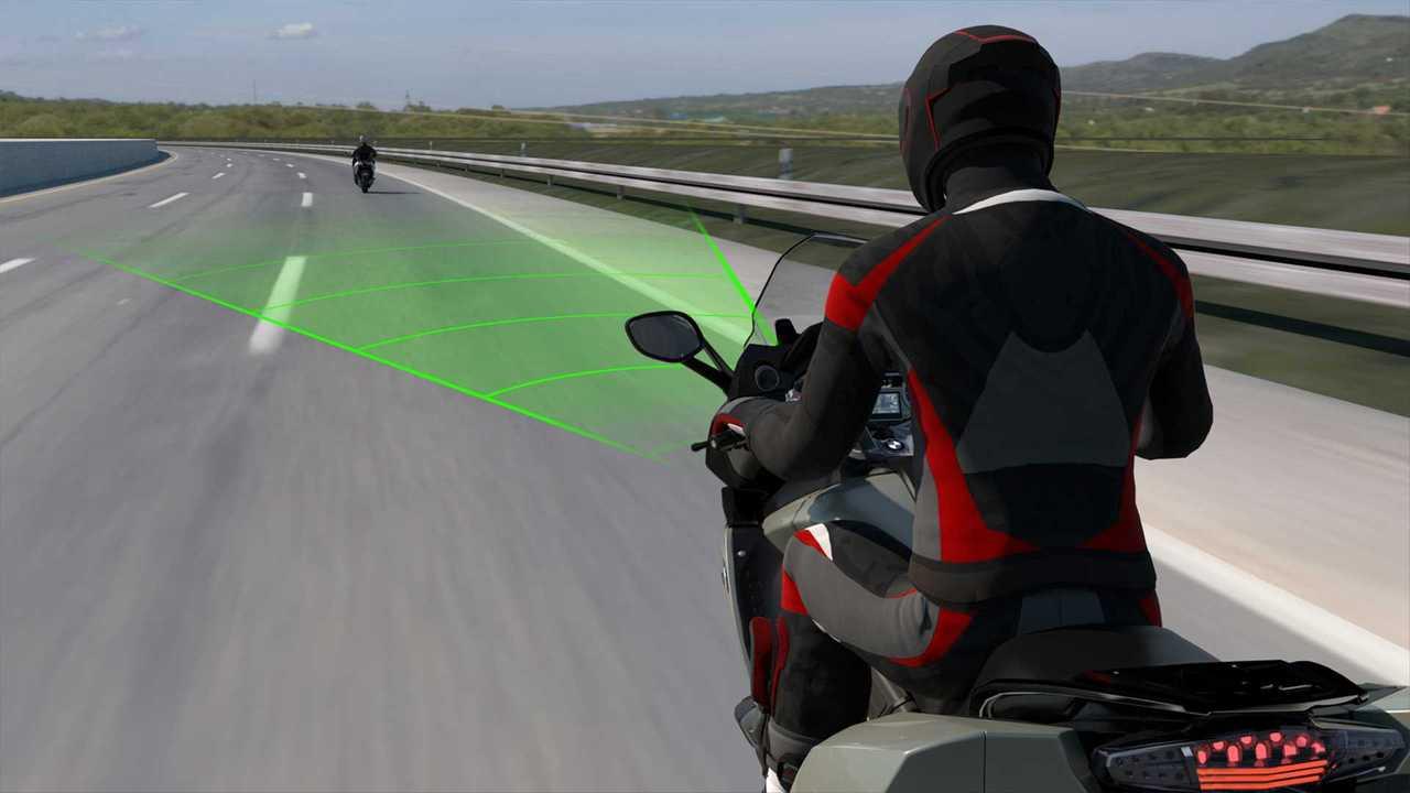 BMW Motorrad Active Cruise Control