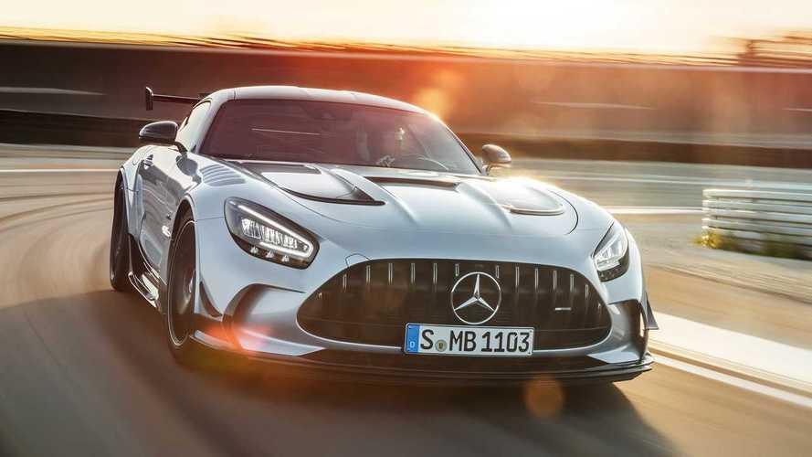 Mercedes-AMG представил свой самый мощный суперкар с V8