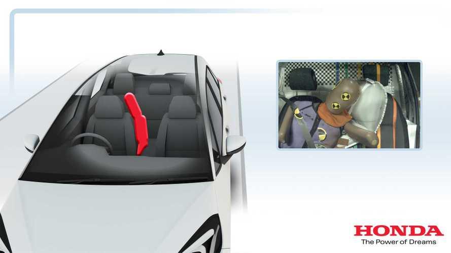 Honda Jazz yeni bir hava yastığına sahip oldu