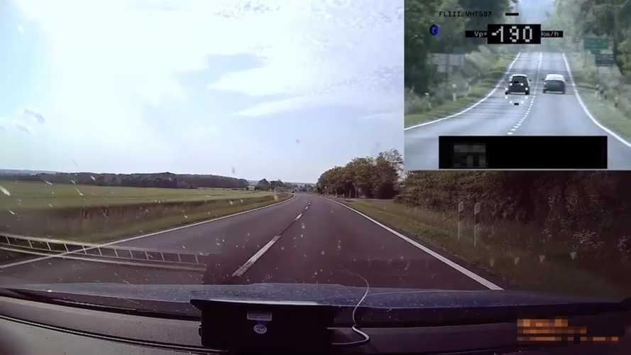 Videó: 150-nel előzte meg a civil rendőrautót a BMW, jött a feketeleves