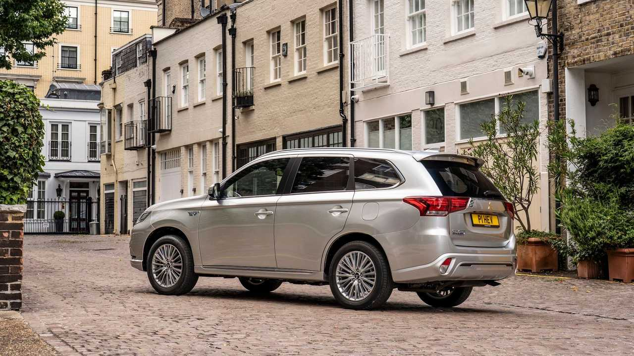 Mitsubishi Outlander PHEV in the UK