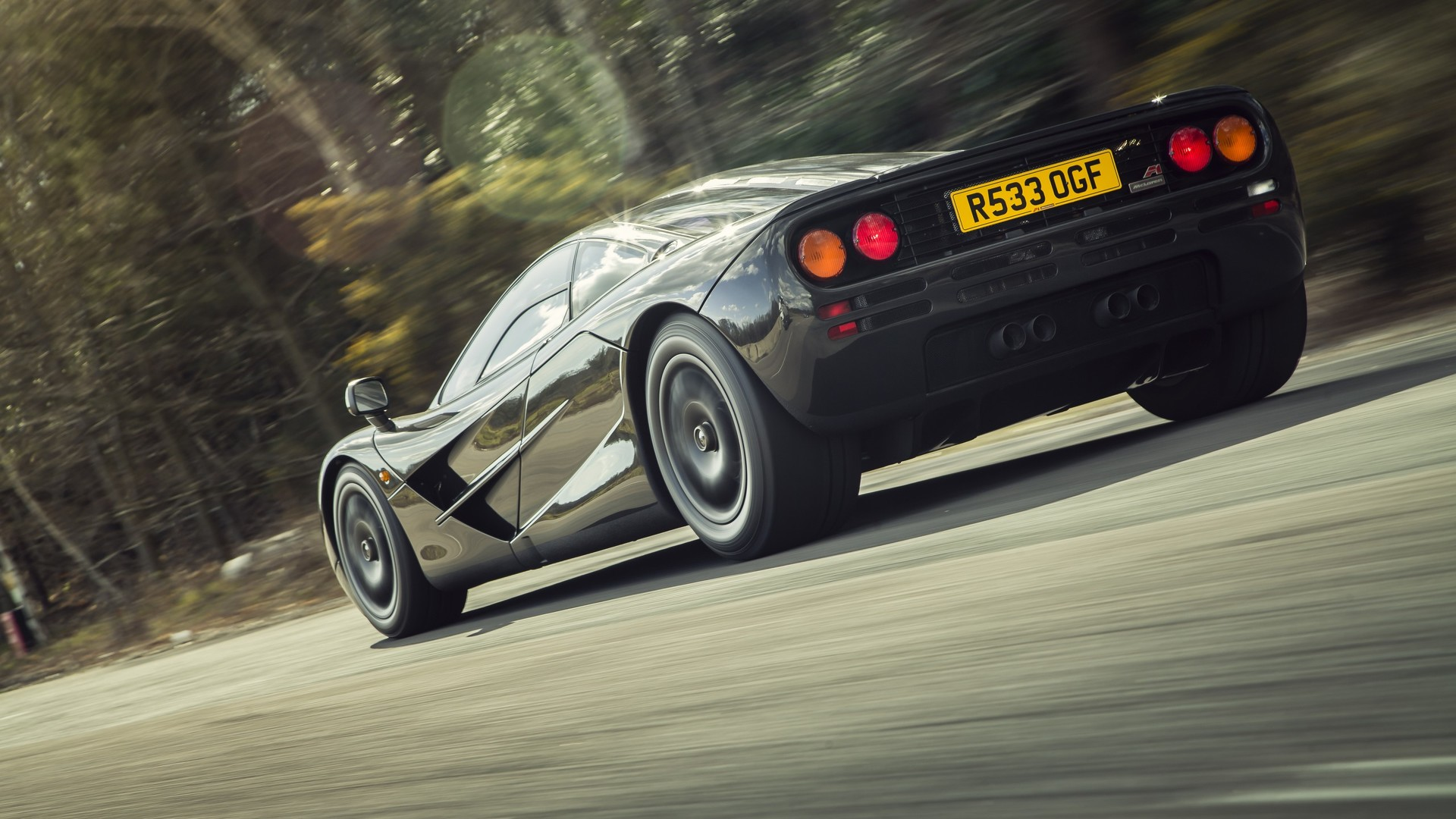 "[""1998 McLaren F1 by MSO""]"
