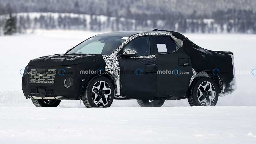 2022 Hyundai Santa Cruz small truck spied testing on frozen lake