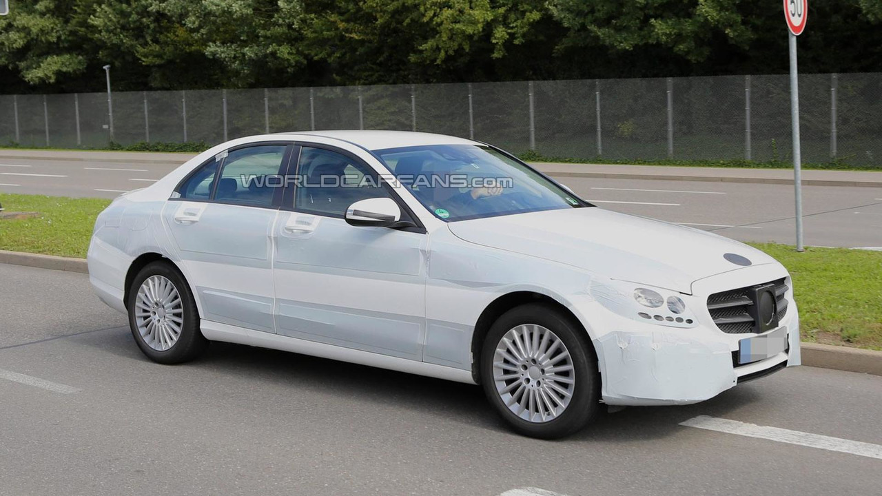 2014 Mercedes-Benz C-Class spy photo 23.09.2013