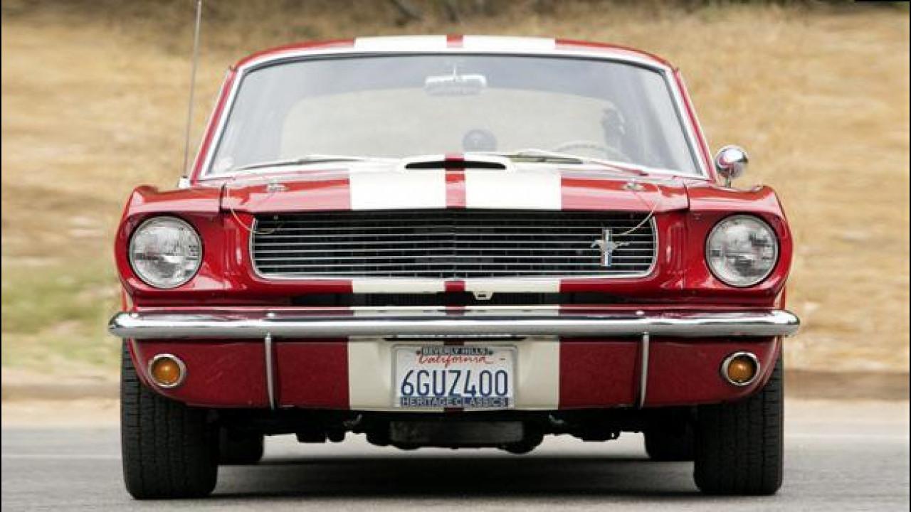 [Copertina] - Ford Mustang, i suoi primi cinquant'anni