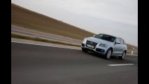 Audi Q5 Hybrid quattro, agile su strada