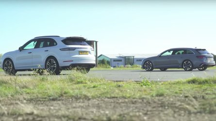 Porsche Cayenne Turbo Faces Audi RS4 In 3 Rounds Of Drag Race