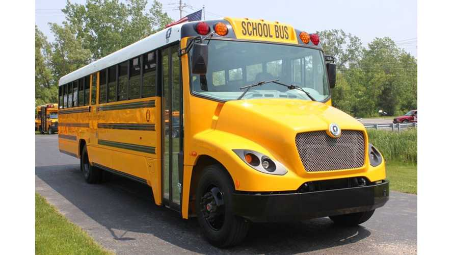 Government of Quebec Awards $657,000 For Electric School Bus Project