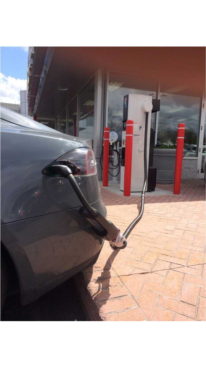 Tesla Model S Uses CHAdeMO Adapter to Charge at Nissan Dealership