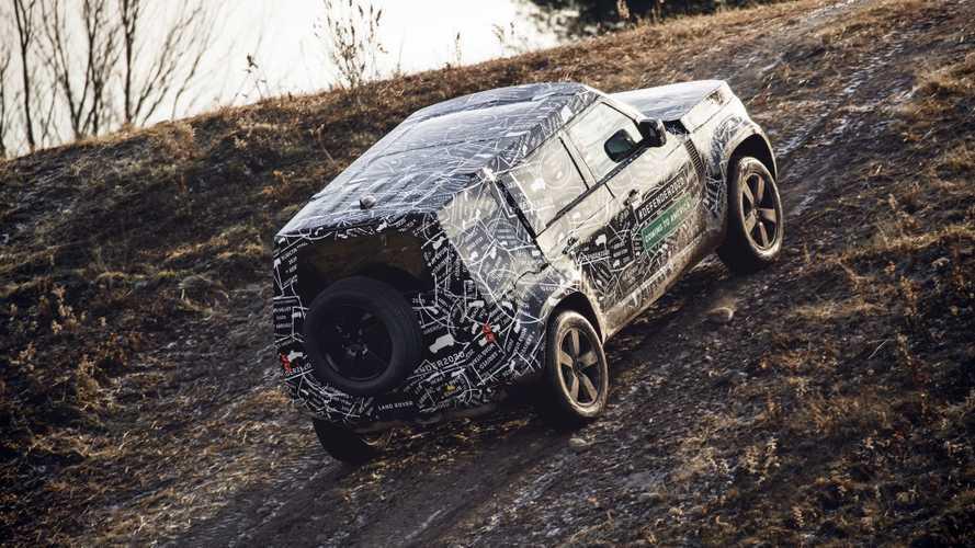 Land Rover Defender, il ritorno è fissato per il 2019