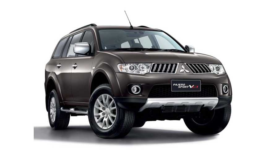 2015 Mitsubishi Pajero SUV Could Get Outlander PHEV's Plug-In Hybrid System