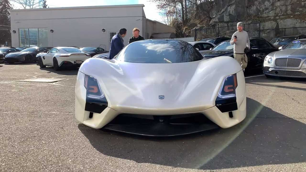 SSC Tuatara-Screenshot aus einem Walkaround-Video
