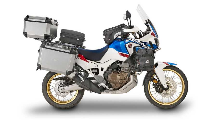 Honda CRF 1000L Africa Twin equipada por GIVI; para llegar al fin del mundo